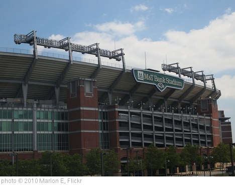 'M&T Bank Stadium' photo (c) 2010, Marlon E - license: http://creativecommons.org/licenses/by-sa/2.0/