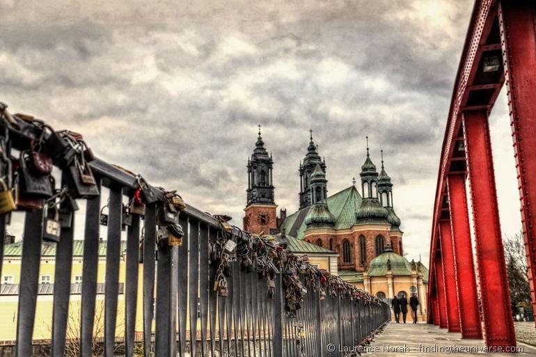 Liebesschlösser bei der Dominsel in Posen, Polen