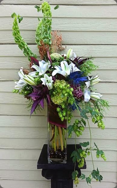 lilies 1234007_708174312532480_915386472_n la petite fleur
