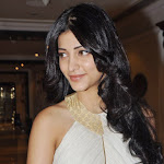 shruti-hassan-launch-sonata-aod-collection-of-watches-7.jpg