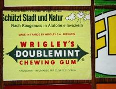 """NACHGEMACHT - Spielekopien aus der DDR: """"Geschenksendung, keine Handelsware"""" - Ein Westpaket als Spiel - Memory"""