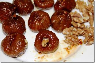 Shokoladovi bonboni s smokini i orehi_5916