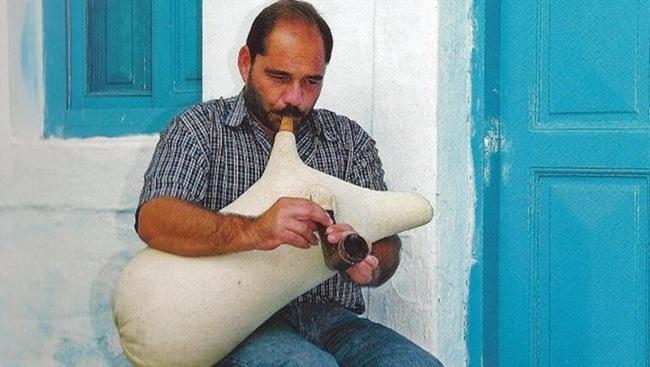 Σεμινάριο για τη τσαμπούνα στο Ληξούρι (10-11/2/2012)