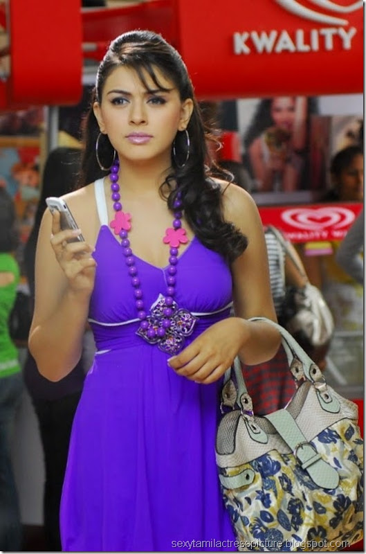 actress_hansika_motwani_hot_sitlls