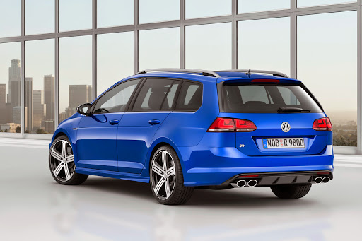 VW-Golf-R-Variant-02.jpg