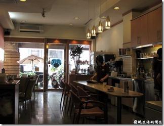 台南Halhali哈拉里咖啡專櫃中正店-餐廳內的一隅。