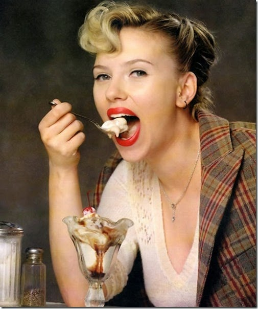 girls-eating-icecream-005