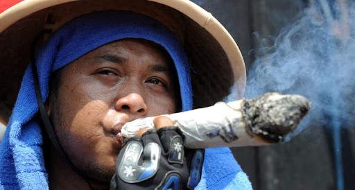 Табачные протесты в Индонезии. Фото: Associated Press