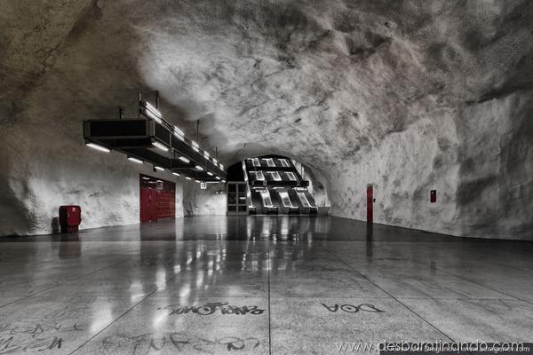 arte-metro-pintura-Estocolmo-desbaratinando  (35)