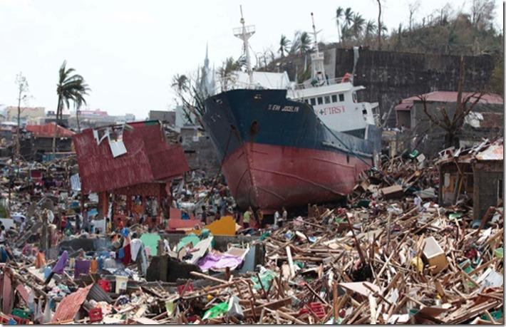 Tacloban barge ashore