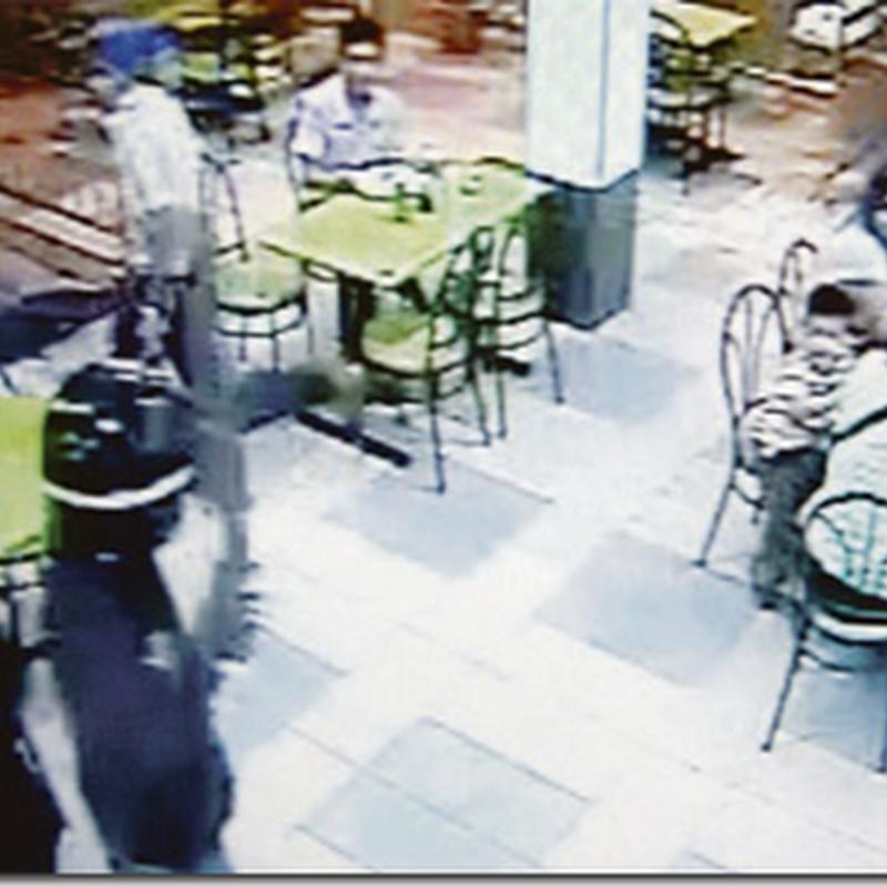 Video Rompakan bersenjata di Restoran Mamak di Shah Alam ..