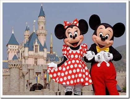 DisneylandMickyMinnie