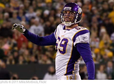 'Jared Allen' photo (c) 2011, Mike Morbeck - license: http://creativecommons.org/licenses/by-sa/2.0/