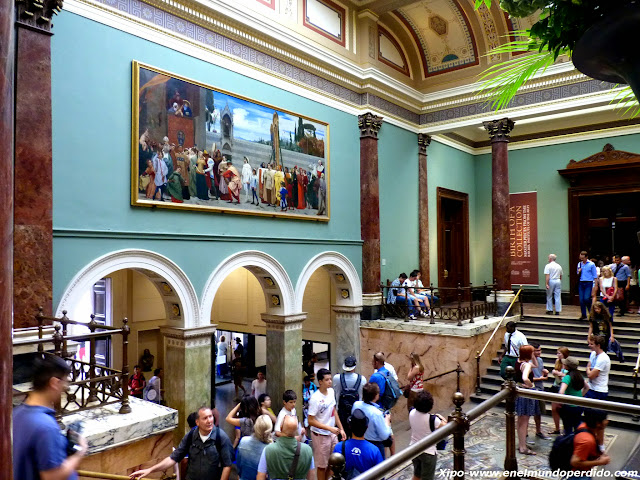 interior-national-gallery.JPG