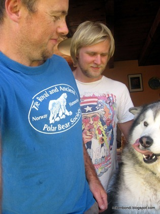 Michael, Gustav & Munson's tongue