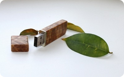 Wood USB flash drive 1