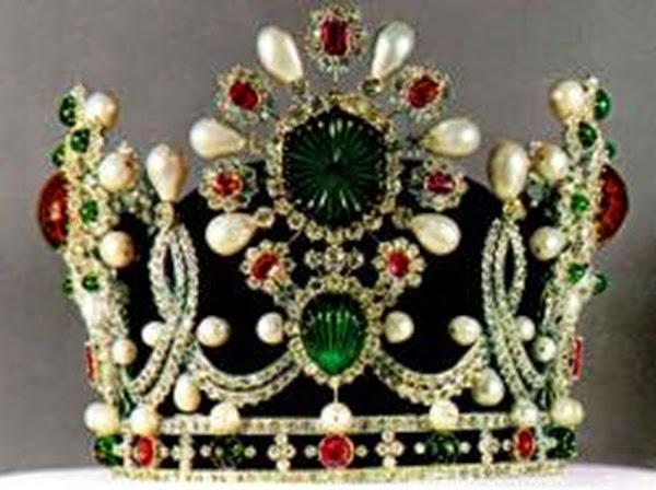 corona de la Emperatriz de Irán