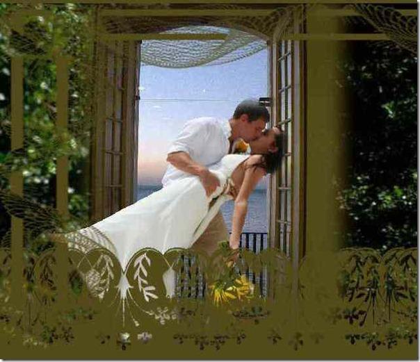 Casal beso jardin