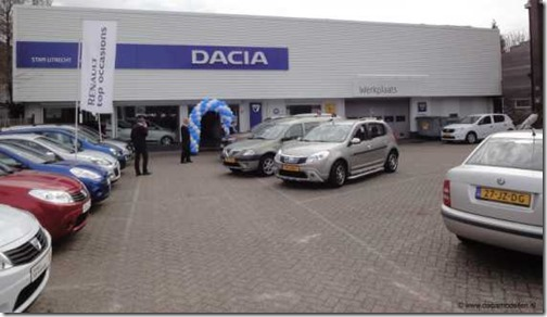 Dacia Store Utrecht 02