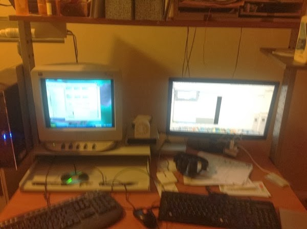 Windows XP and Mac Mini side by side