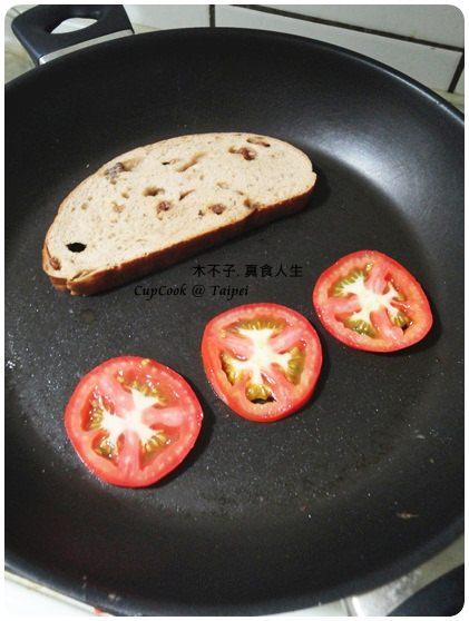 番茄起司烤吐司 1