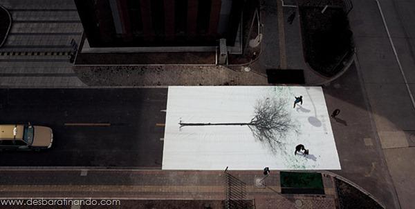 faixa-de-pedestre-china-footprints-leaves-pintando-com-os-pés (2)
