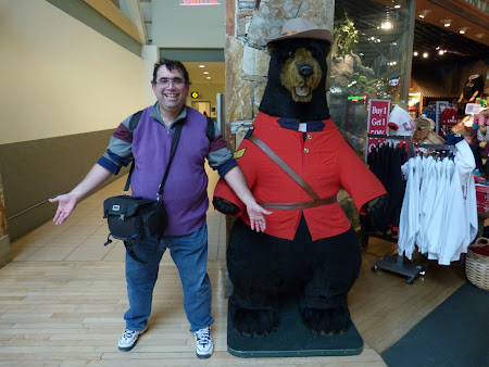 Fratele canadian in aeroport