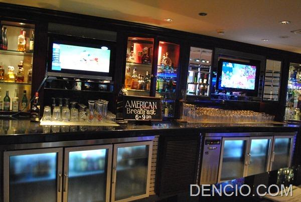 Snaps Sports Bar Sofitel Manila 17