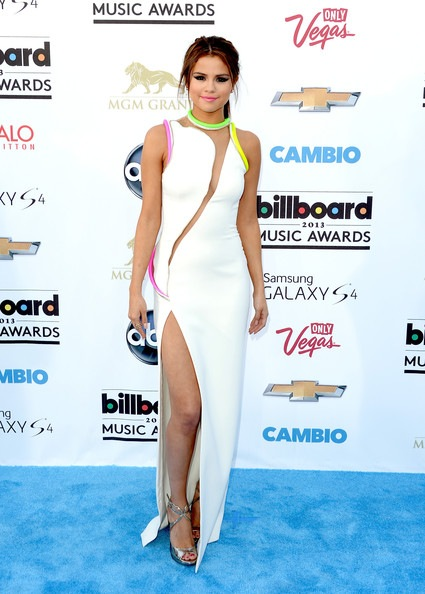 Selena-Gomez-2013 Billboard Music Awards Arrivals