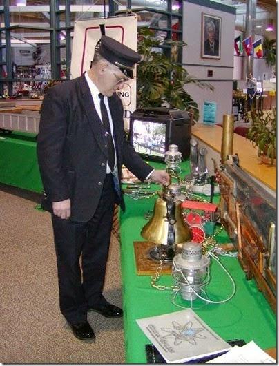 55 Milwaukee Light Engineering Society at TrainTime 2003 2