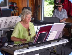 Barbara Powell playing the Tyros 5 whilst hubbie, Rob, accompanies on the Korg SP-250 digital piano. Any connection to John Belushi of The Blues Brothers fame is denied!