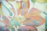 Tkanina meblowa w kolorowe kwiaty. 02