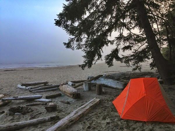 camping-528727_1280