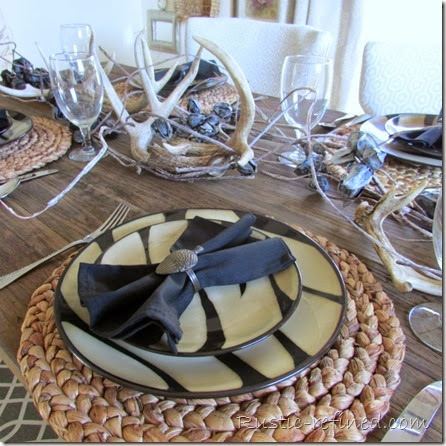 Antlers and animal print on any table gives a rustic touch