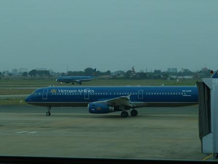 202. Vietnam Airlines.JPG