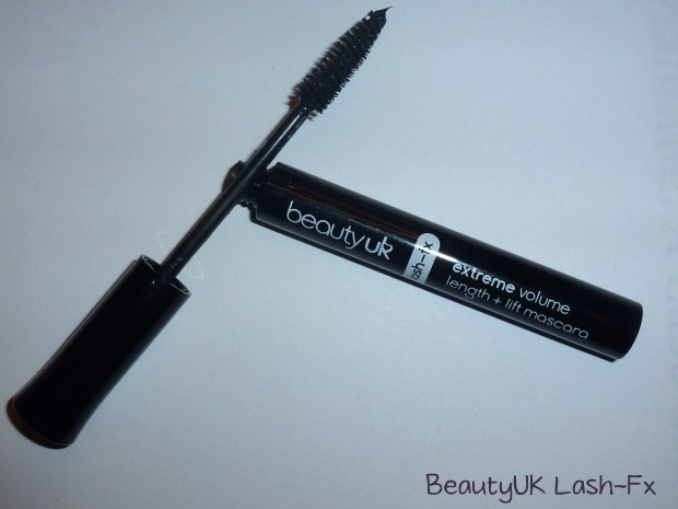 006-mascara-review-loreal-million-lashes-beauty-uk-lash-fx