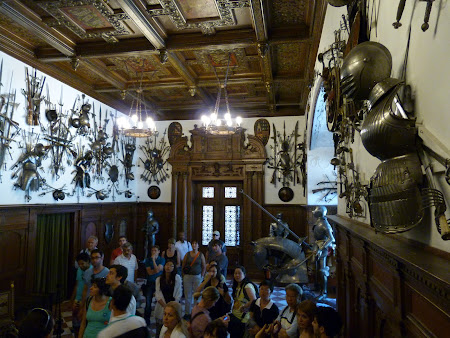 Muzeu Romania: Sala armelor la Peles
