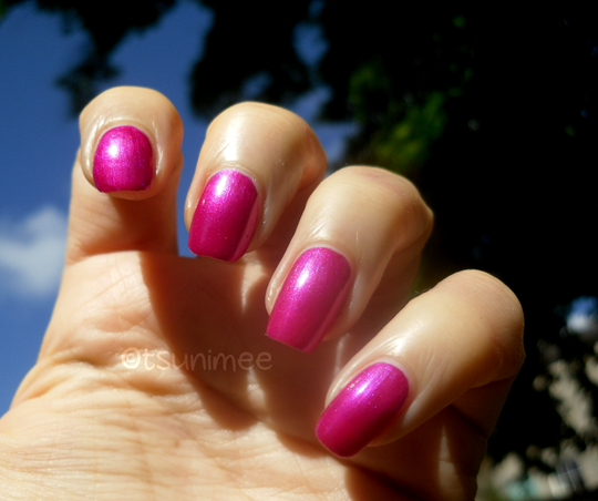 005rimmel-pulsating-nail-polish