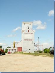 2127 Saskatchewan Moosomin - grain elevator