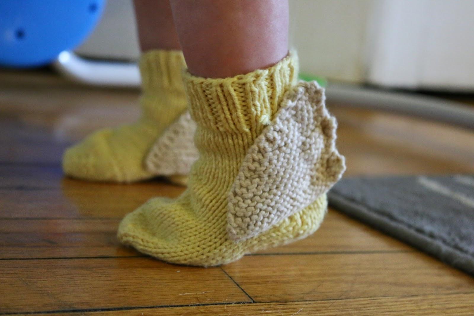 ChemKnits: Hermes Winged Baby Socks