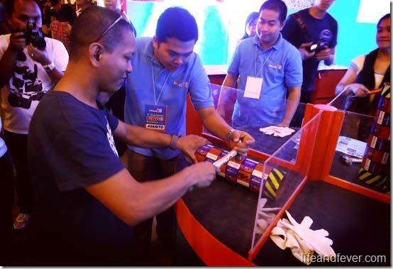 Blogger tries Neltex Hataw Challenge