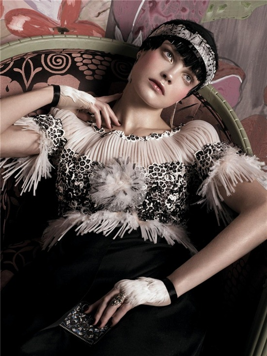 Vogue_US_May_2007_10_meisel