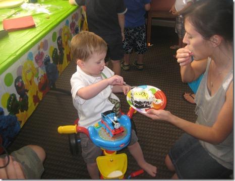 09 01 12 - Brayden's 2nd Birthday! (39)