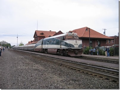 IMG_6370 Amtrak NPCU #90252 at Centralia on May 12, 2007