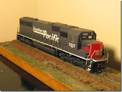 IMG_9459 Athearn SD50 Southern Pacific #5517 Before