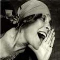 mujer gritando.jpg