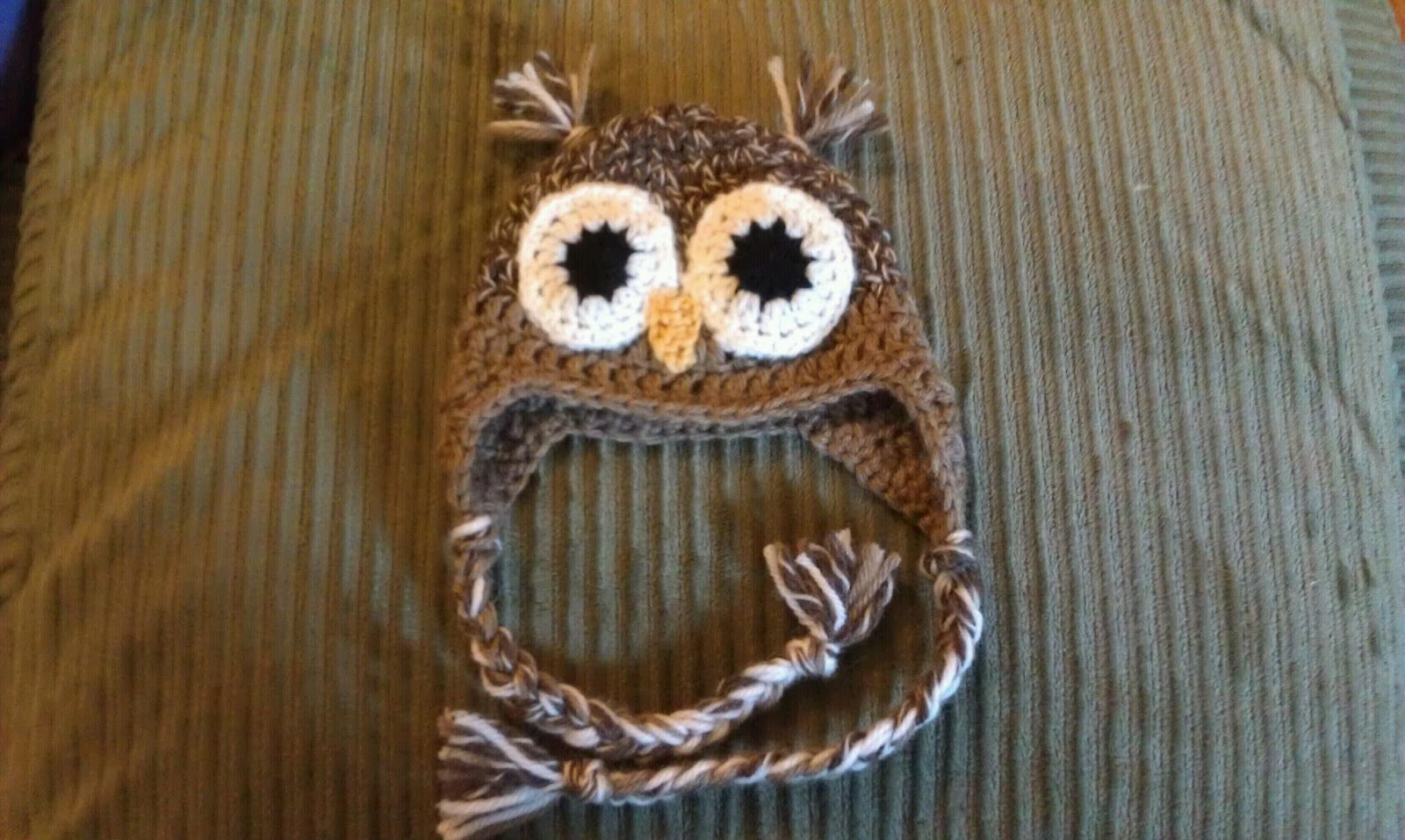 Chemknits owl earflap hat there are many adorable free owl hat knitting patterns out there bankloansurffo Image collections