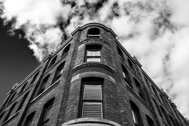 Jan/Feb 2014 - 1st Place / Black & White Waldrom Building / Credit: Kyle Szegedi