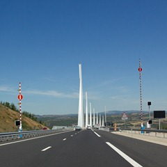 millau-bridgeapproach