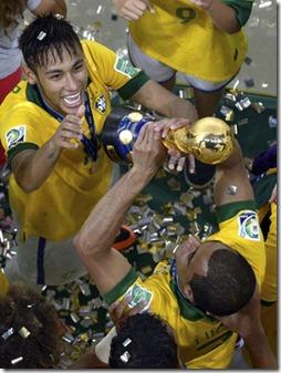 brazil_soccer_confed__fran_1